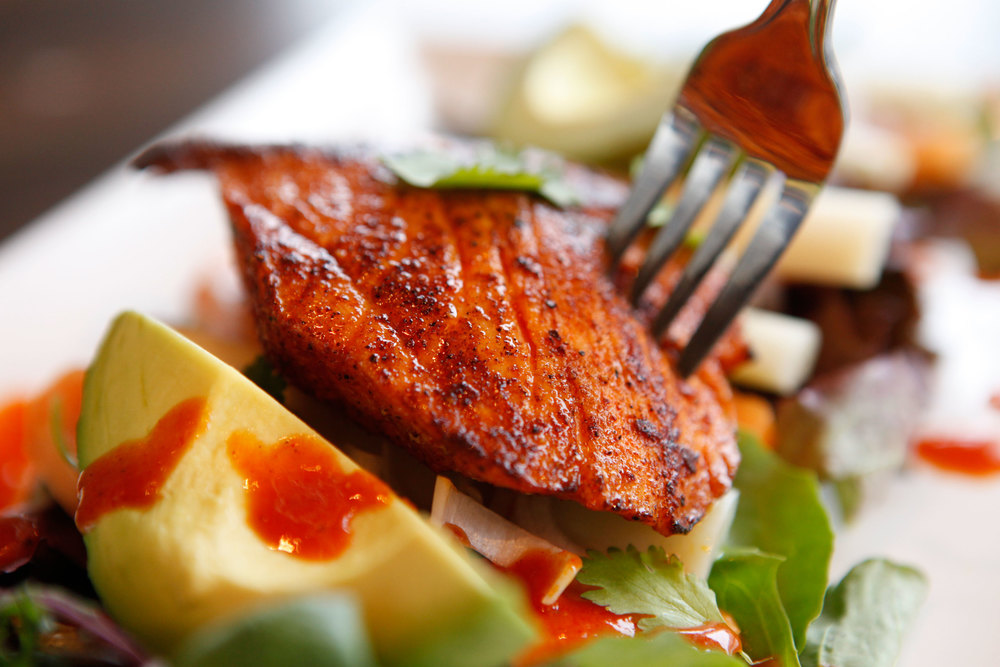 THE COASTAL SALAD with Grilled Orange & Anchote Marinated Salmon
