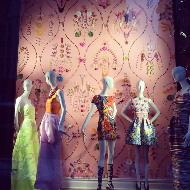 Love the new windows @bergdorfs. So nice to c color on this dreary day in NY. #greatwindows #windowshopping #bergdorfgoodman