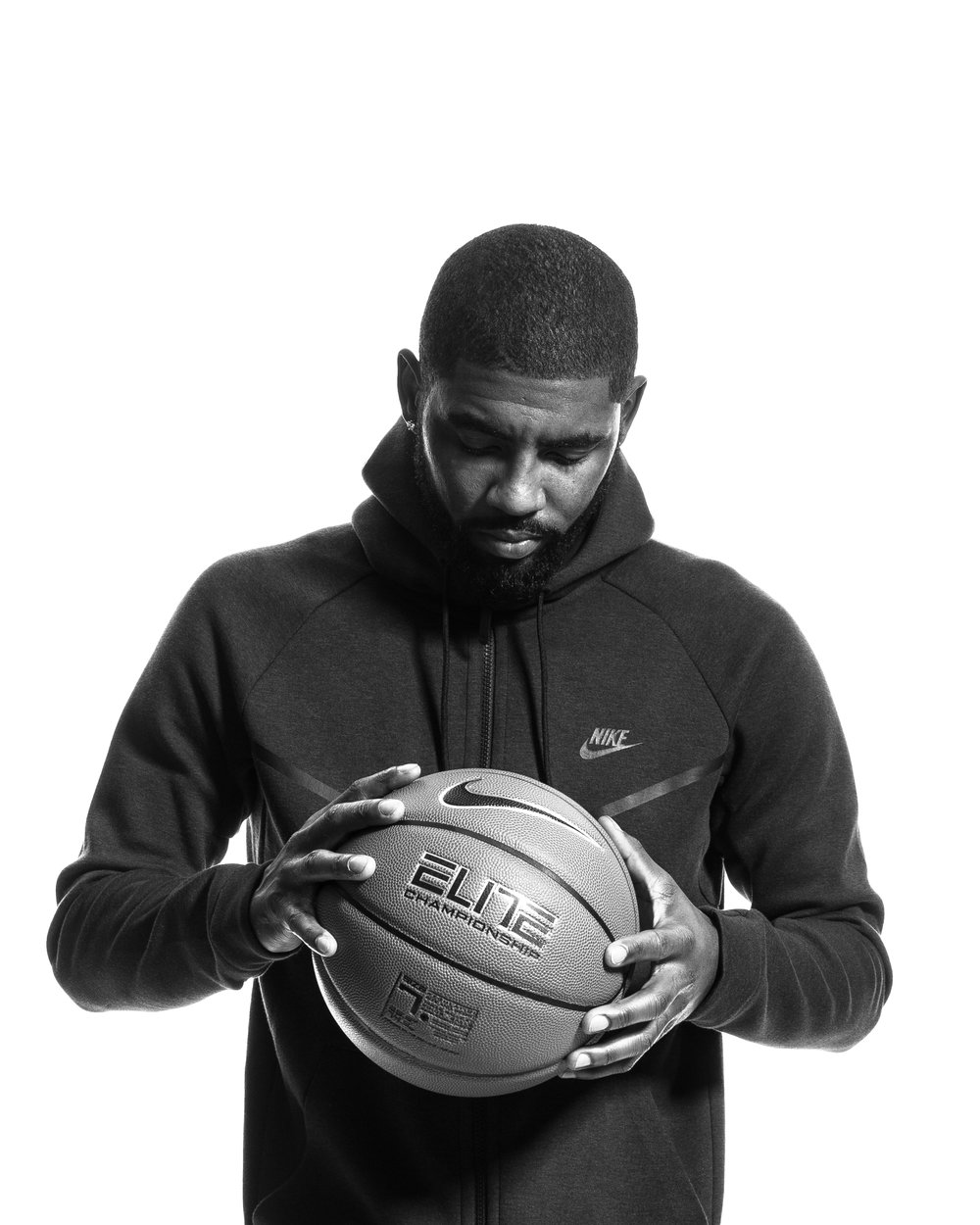 CLEV_FootLocker_Kyrie_NOV_6_160790.jpg