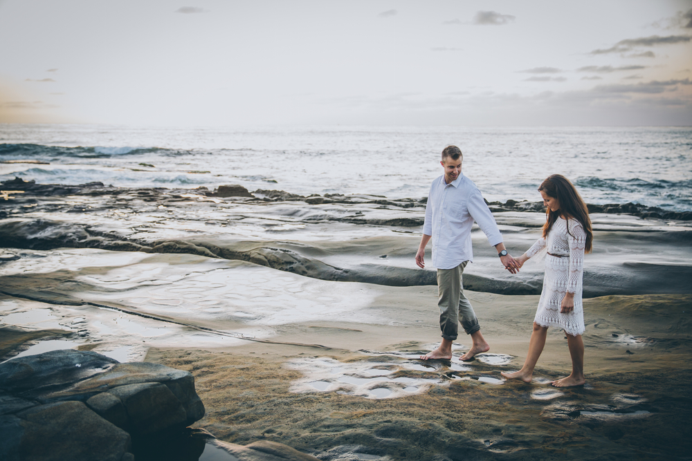 la jolla cove engagement photo