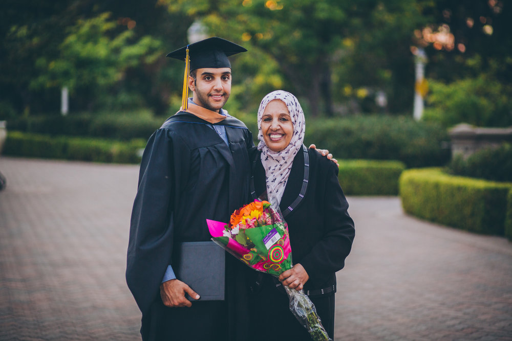 20150910 Ismail and Mom Portrait 43.jpg