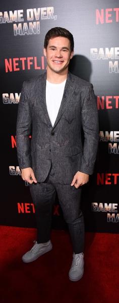 Adam+DeVine+Premiere+Netflix+Game+Over+Man+CHBsu6gBDX-l-1.jpg