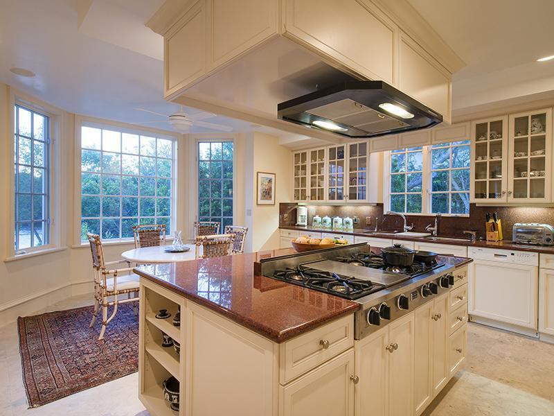 kitchen1_sbr.jpg