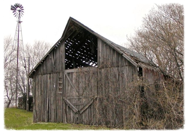 Rosemountbarn - Version 2.jpg
