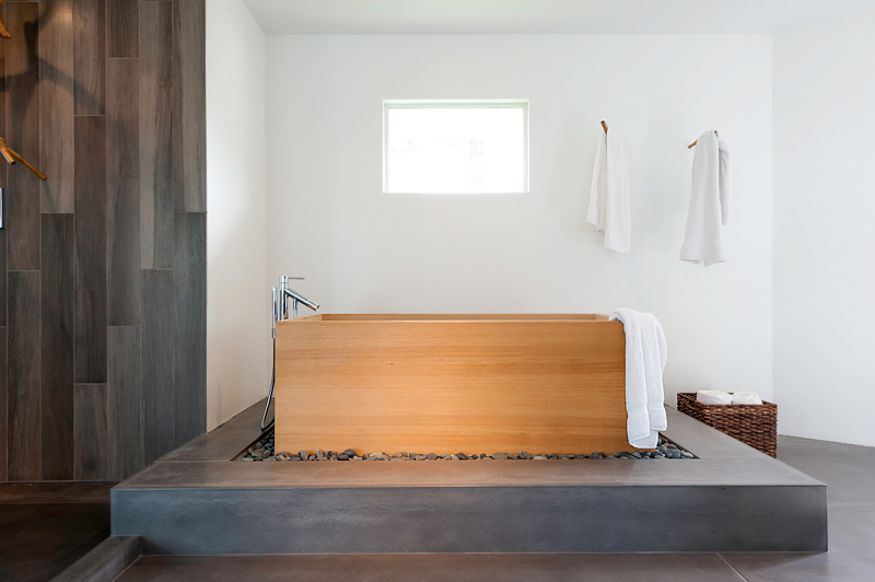 Bathtub made of Iroko wood which is found on the west coast of tropical Africa.