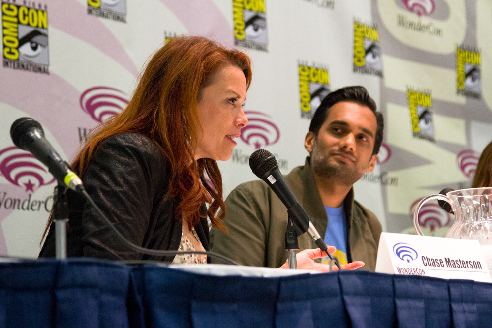 Chase Masterson and Ali Mattu at The Psychology of Star Trek VS. Star Wars: Episode III at WonderCon