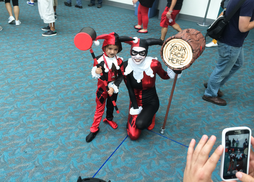 harley-quin-cosplay-san-diego-comic-con.jpg