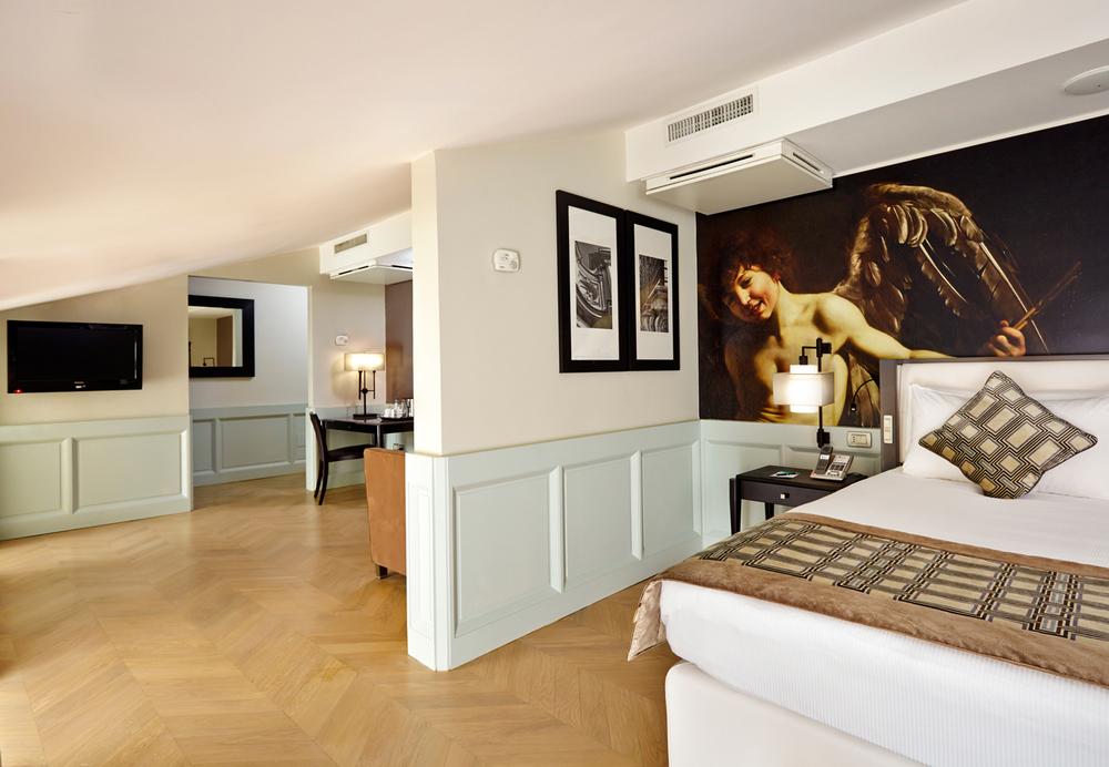 502_2_Bedroom_Suite_01.jpg