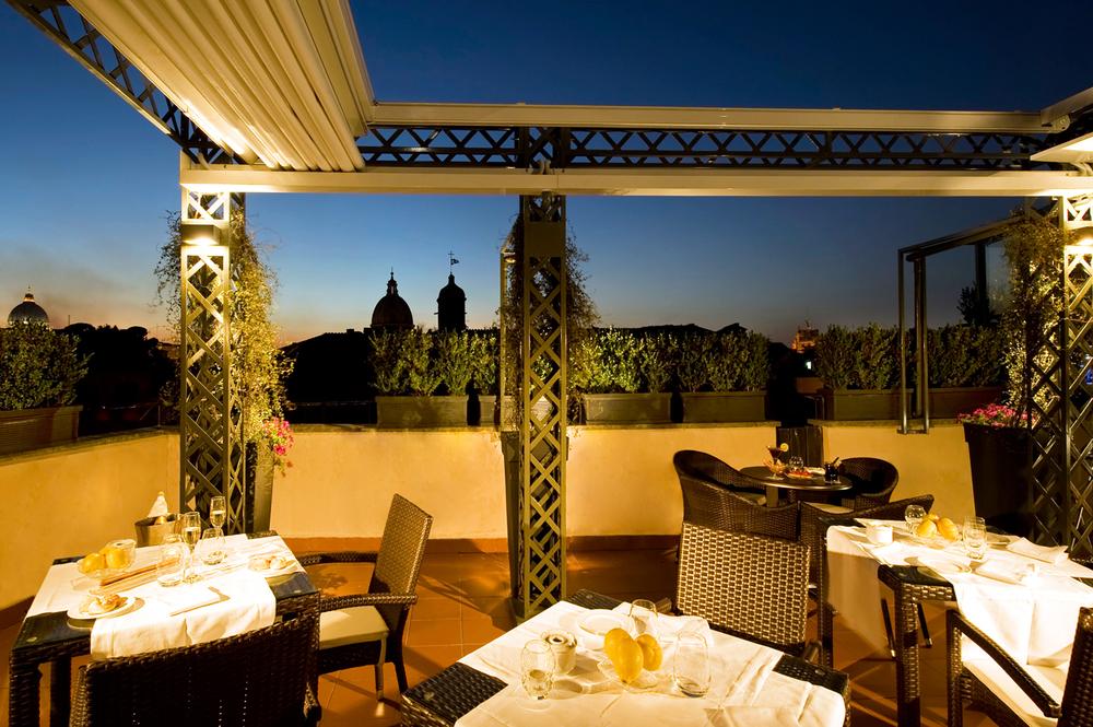 RoofTopBarandRestaurant.jpg