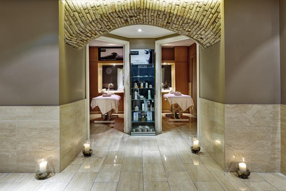Spa_Treatment_Rooms.jpg