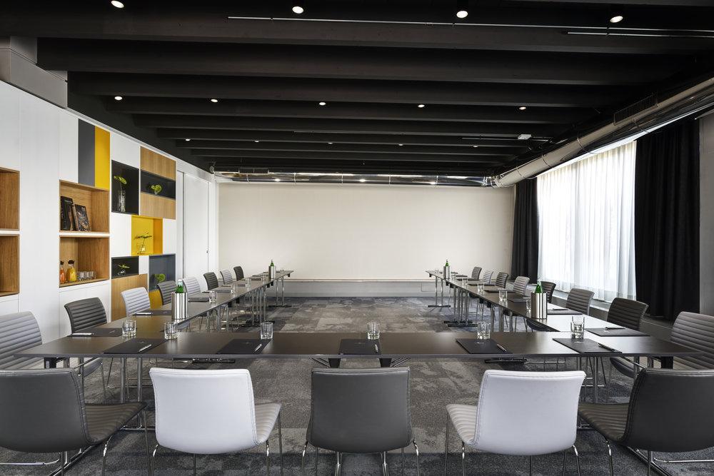 Sala conferenza  UShape.jpg