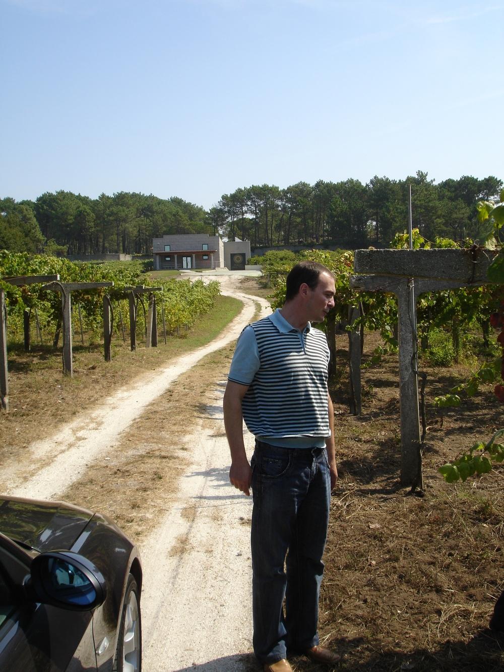 Enrique Pinero owner and winemaker - Copy.JPG