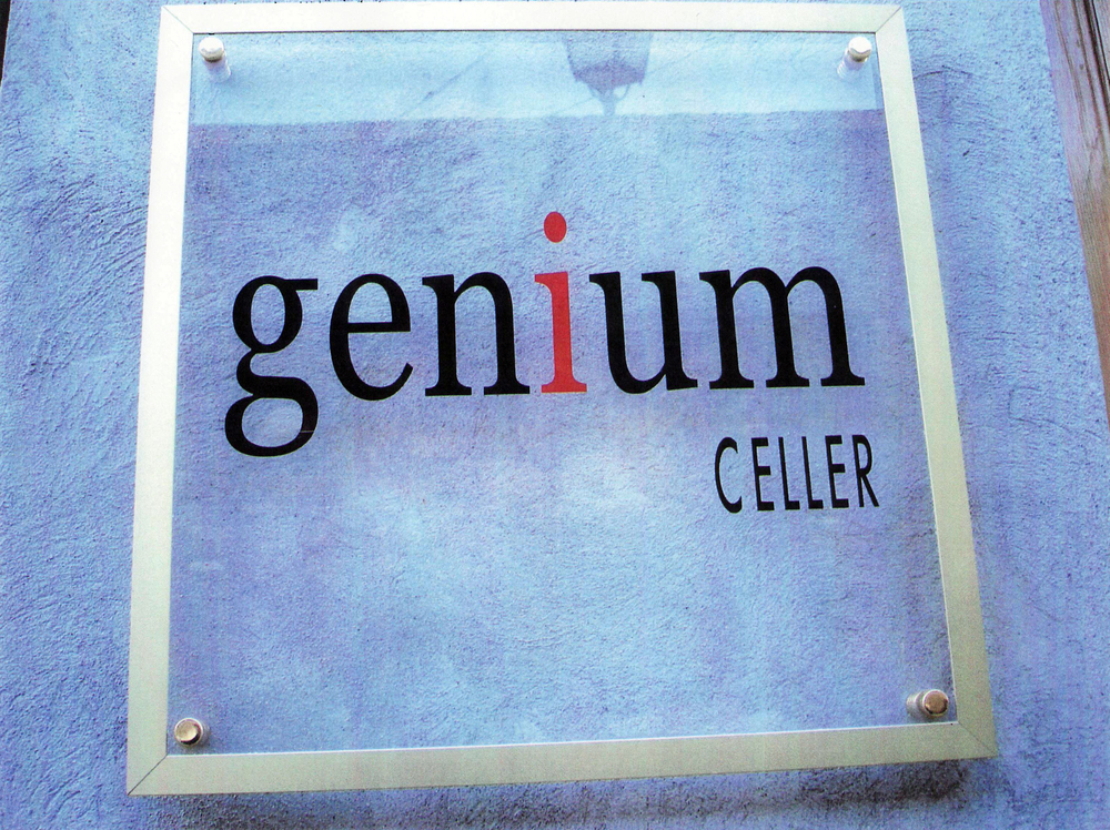 GeniumCeller.jpg