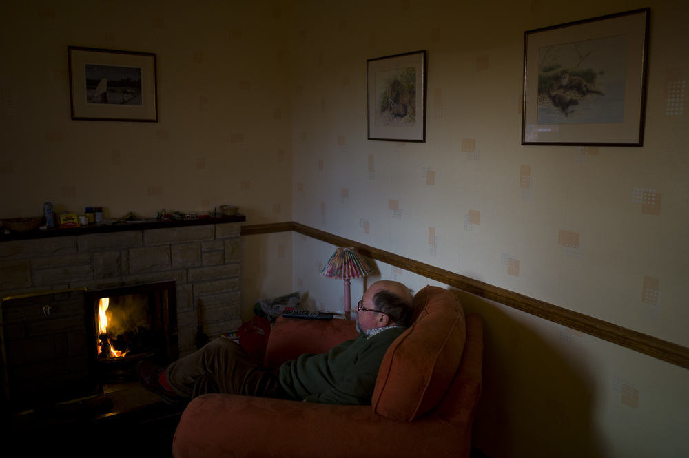 © Ben Cawthra. 02/02/2013. Weekend at Dad's bungalow cottage in Embleton, Northumberland