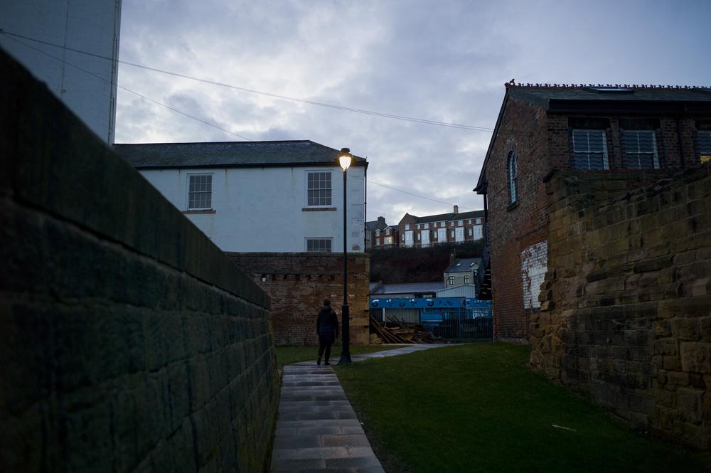 © Ben Cawthra. 04/02/2013. Weekend Mum's house in Cullercoats. Walk along longsands