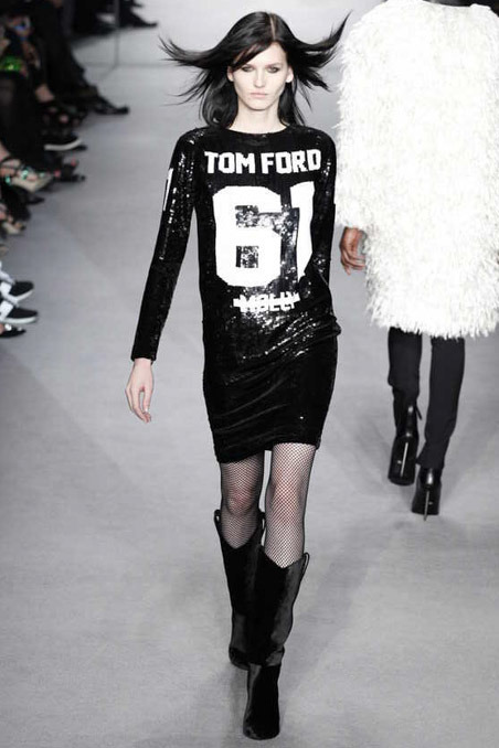 obsessed with this tom ford dress! his fall collection is very simple, very black and i cannot get enough!