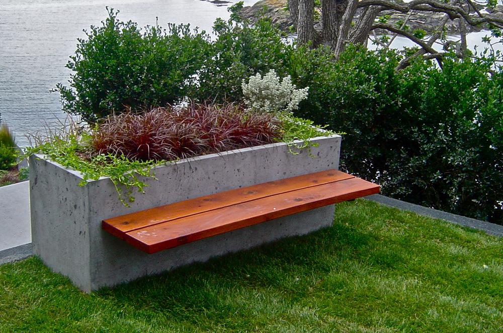 Radius bench.JPG