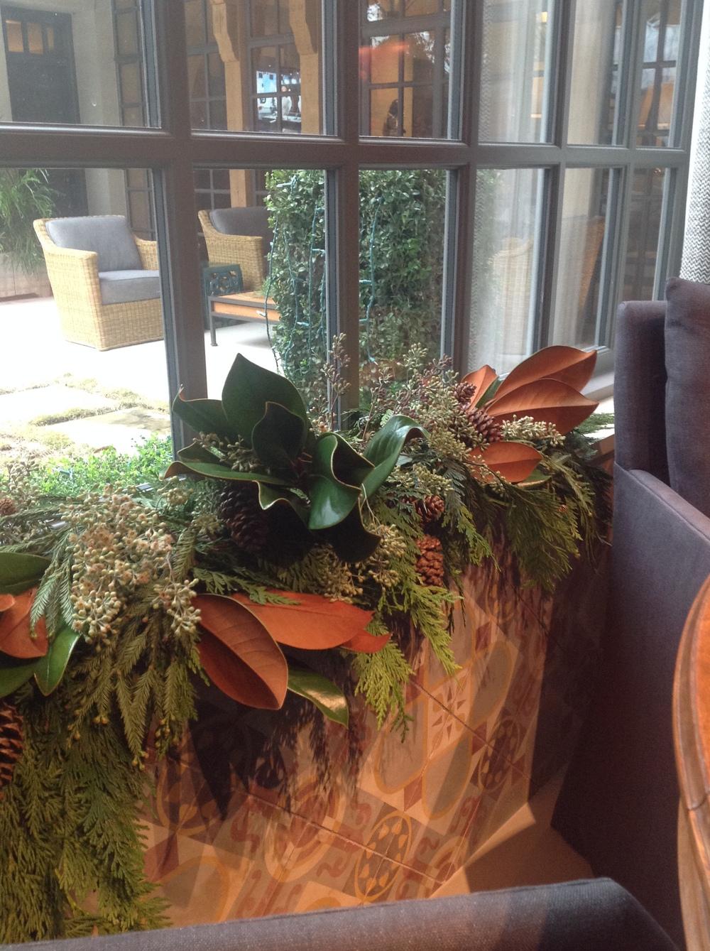 Christmas 2013 Window treatment.JPG