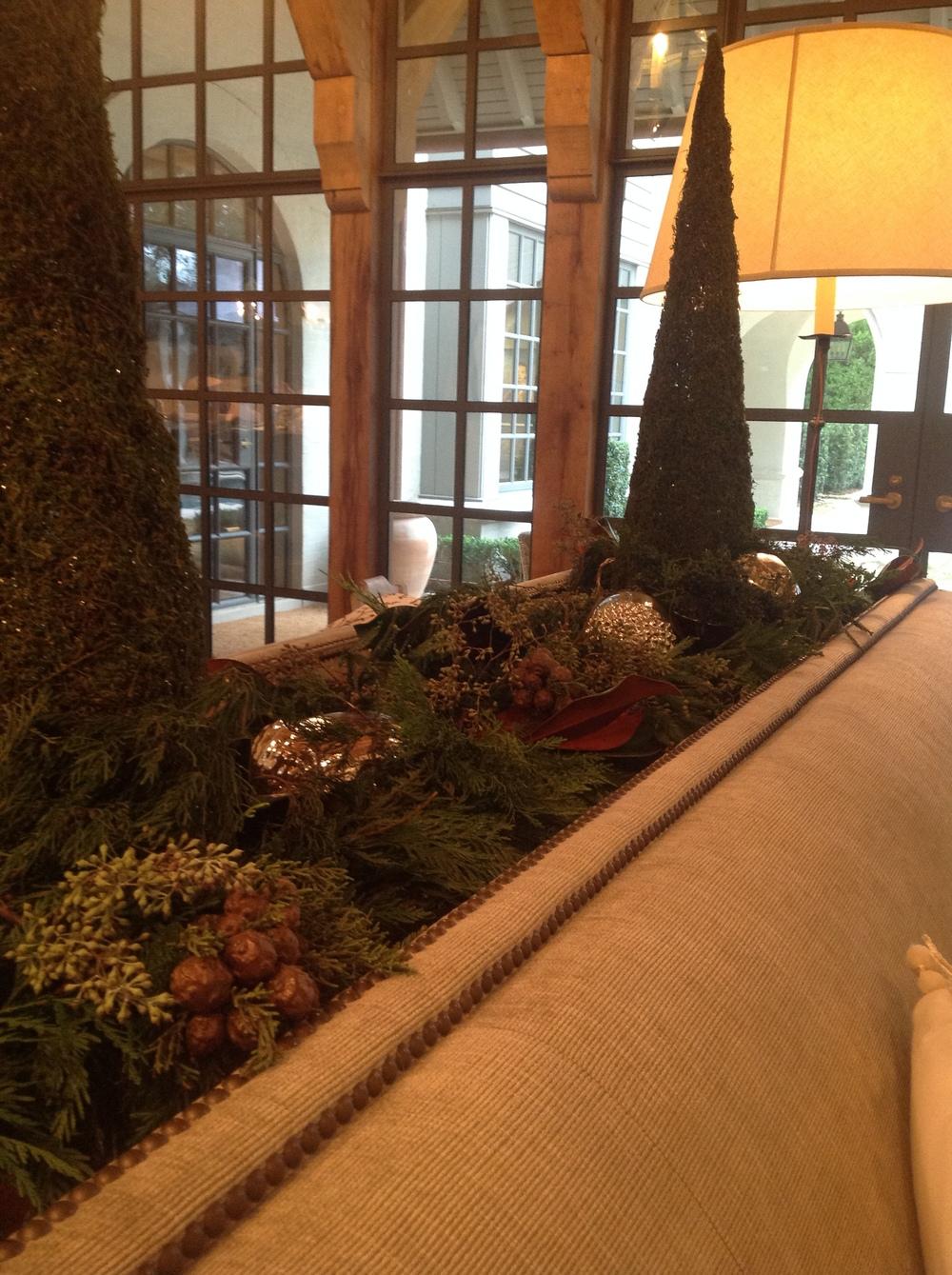 Christmas 2013 Living Room Coffee Table.JPG