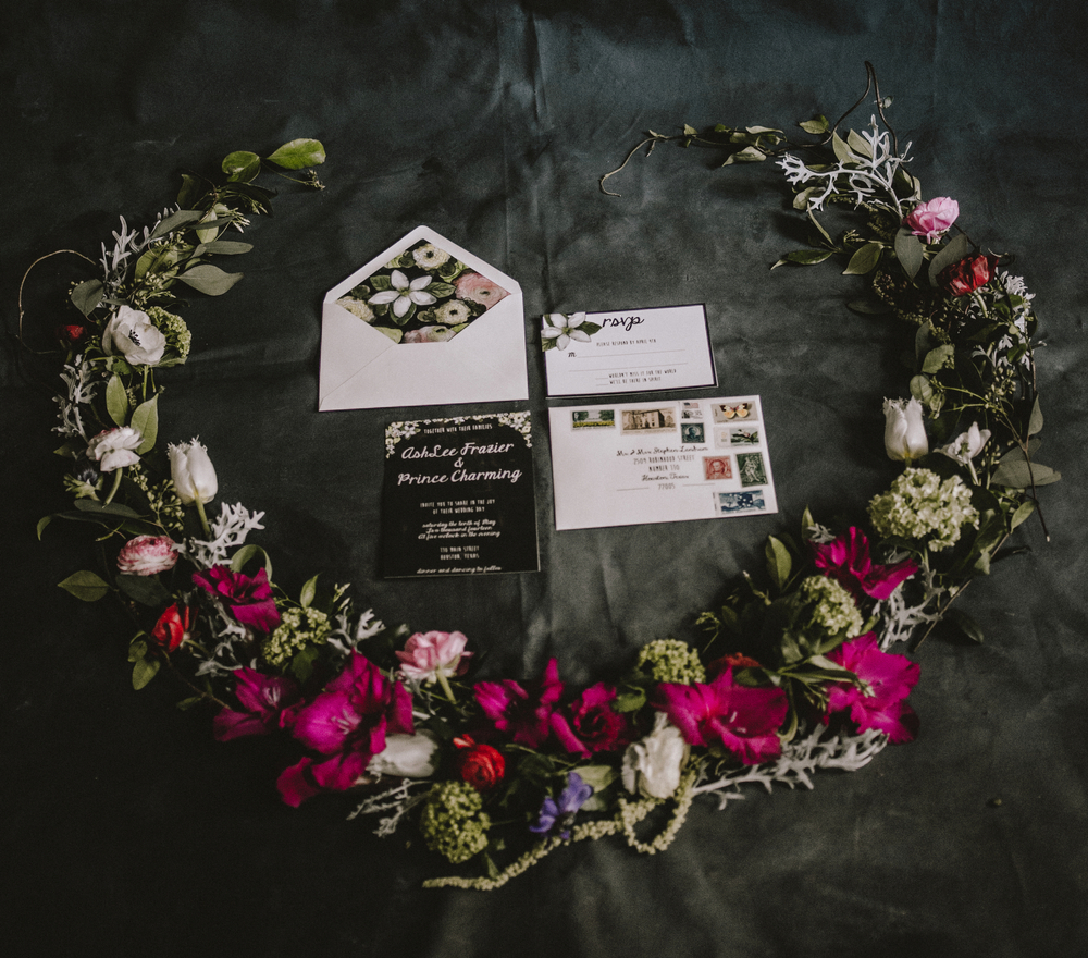 Maxit Flower Design Photoshoot- Dark Flowers Garland- Houston, TX