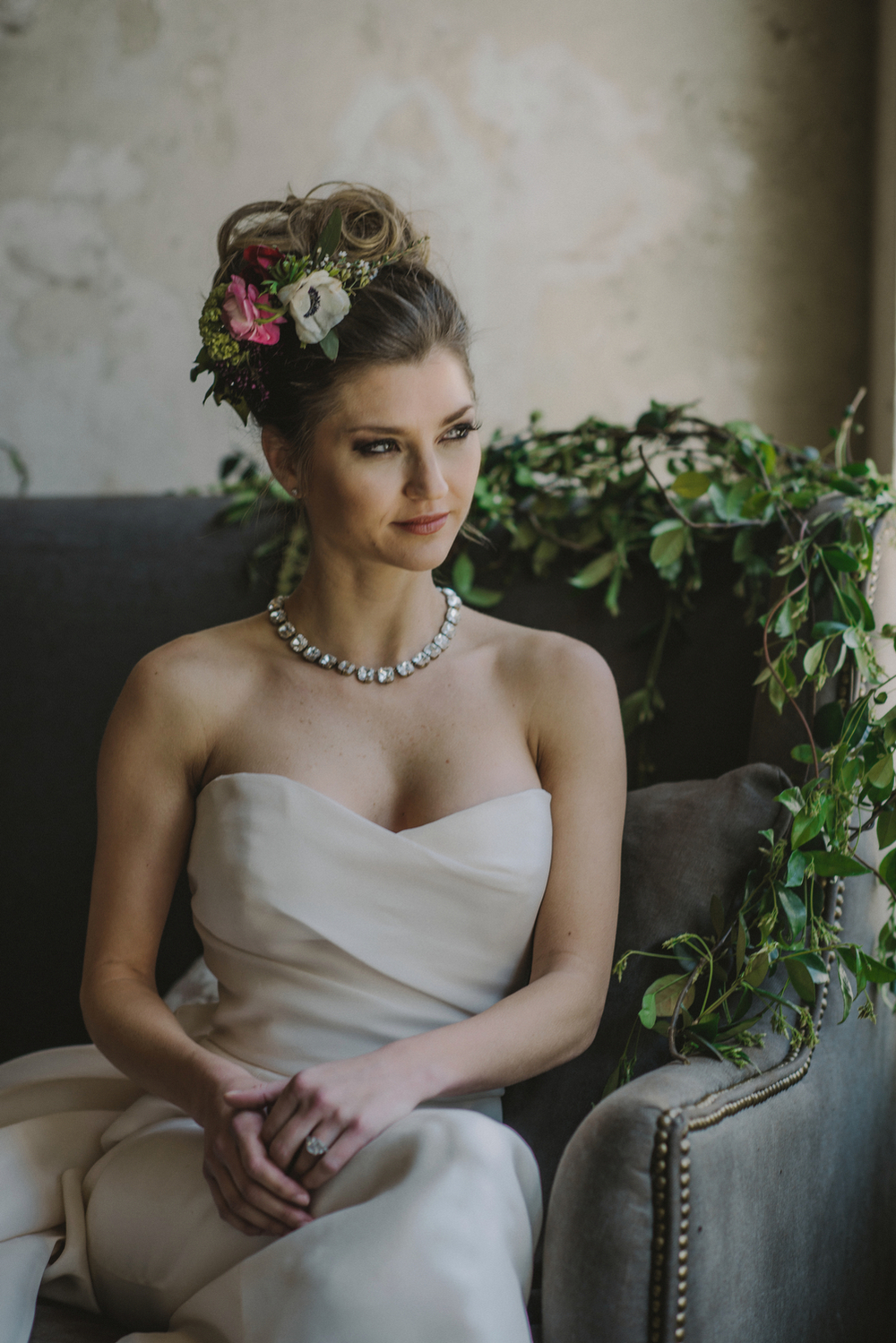 Hair Piece & Garland Bride- Maxit Flowers- Houston Events