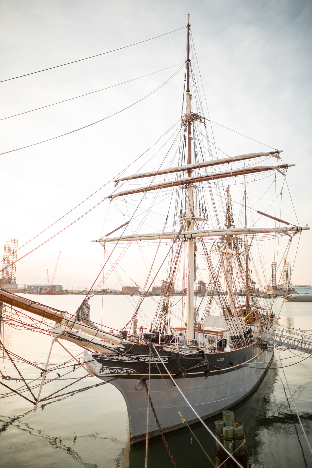 Tall Ship- Houston Weddings- Maxit Flower Design