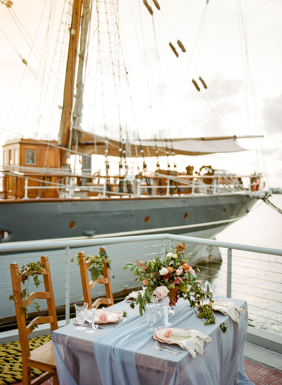 Table Setting- Maxit Flower Design- Houston Weddings