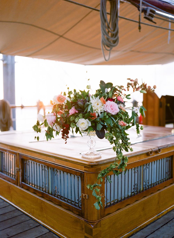 Table Arrangement- Maxit Flower Design- Houston Weddings