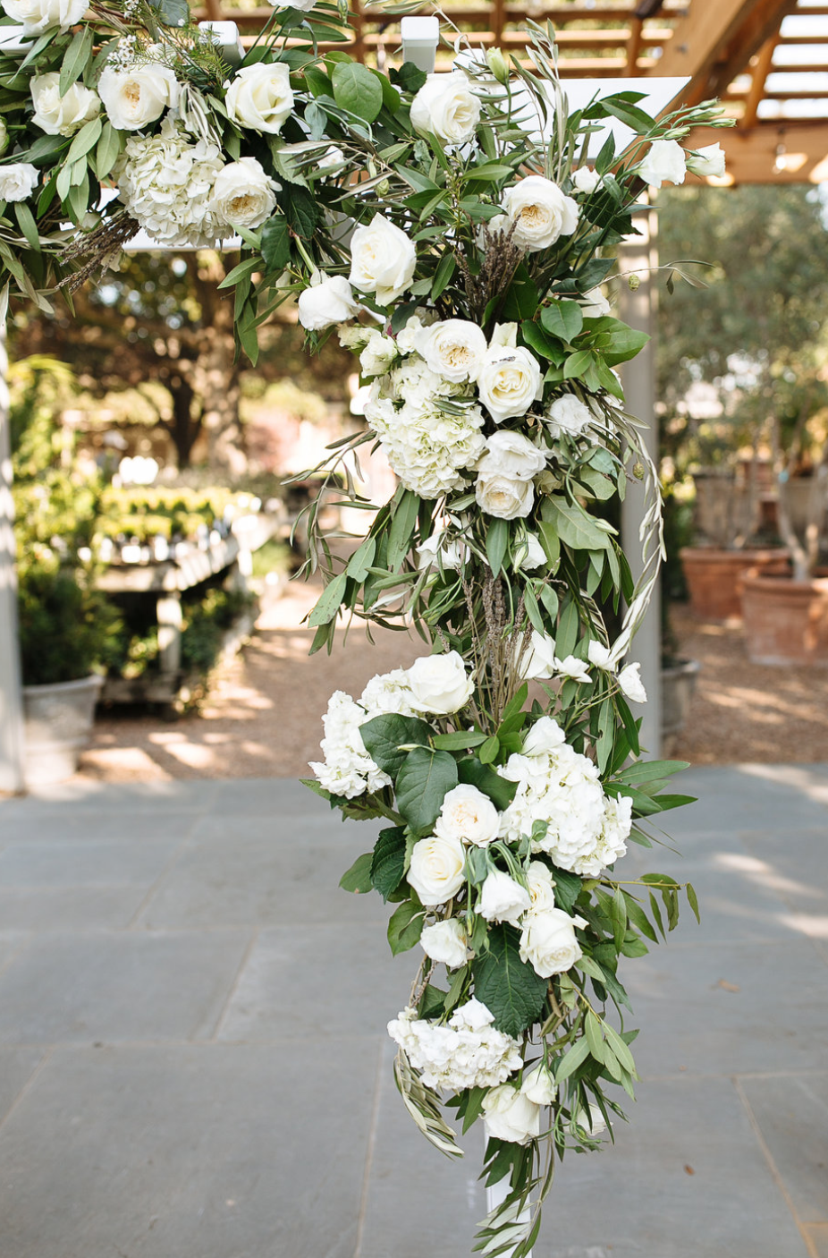 Archway Close Up- Maxit Flower Design- Houston Weddings