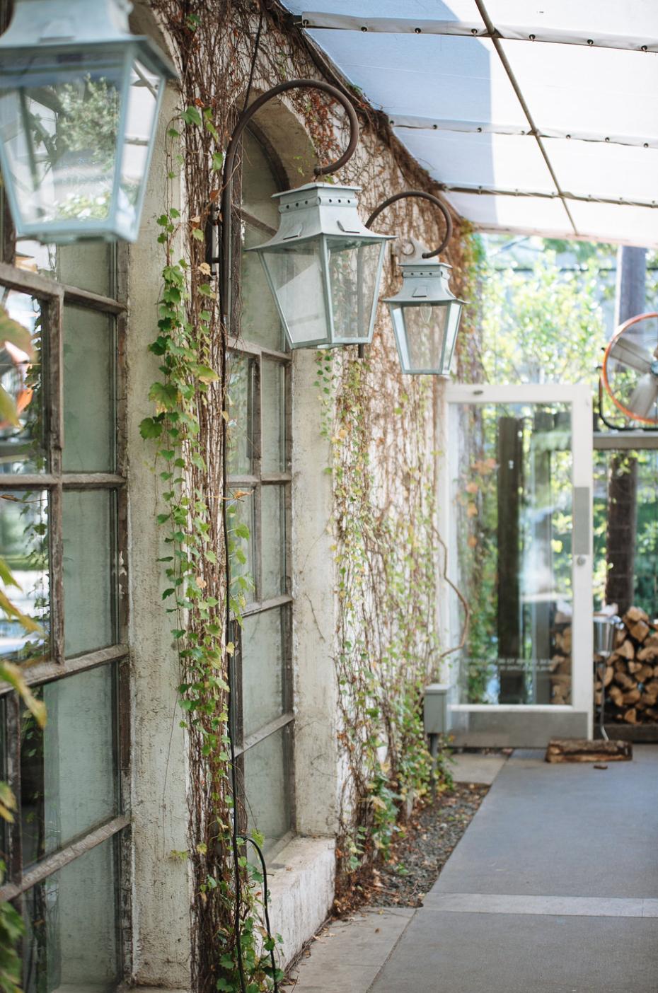 Ivy- Maxit Flower Design- Houston Weddings