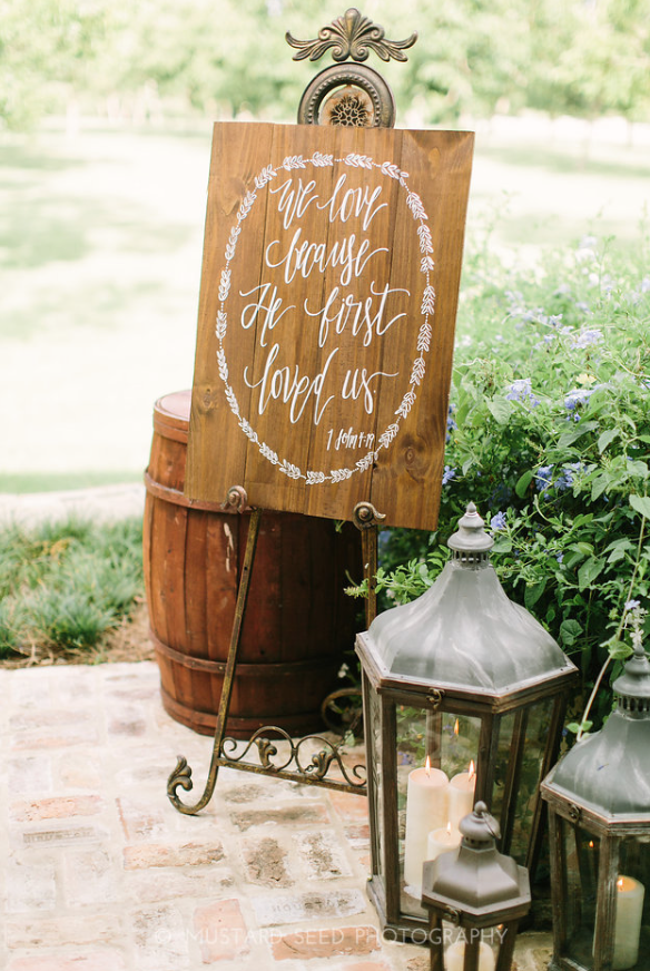 Hand Lettering Wedding Sign- Houston Weddings- Maxit Flower Design