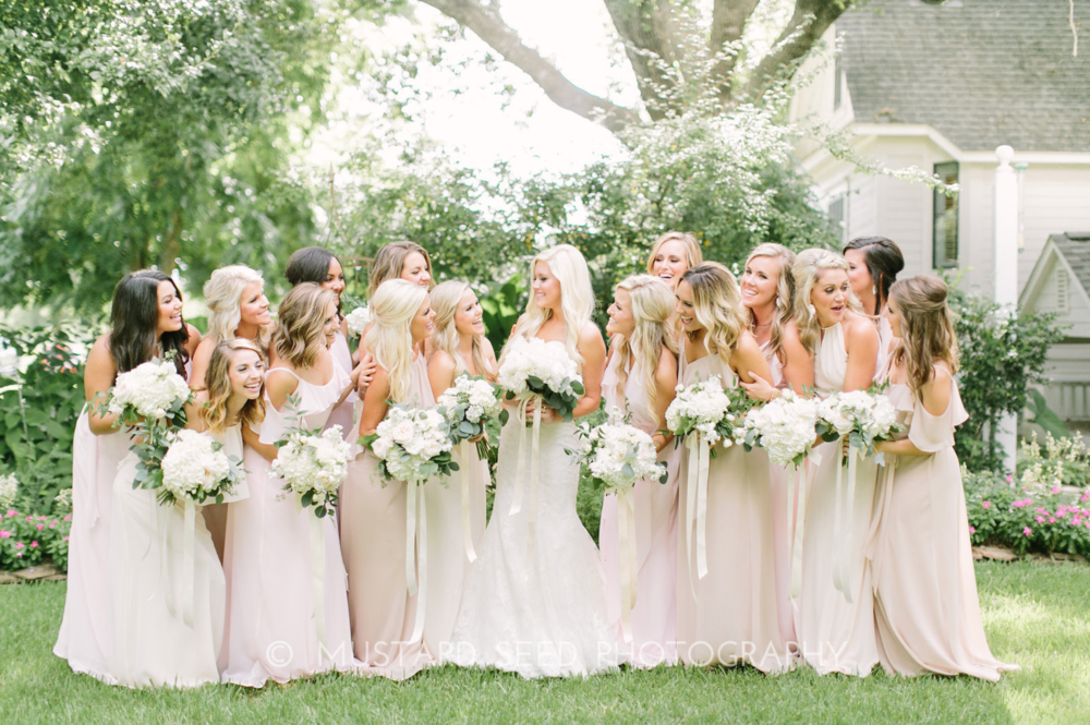 Bridal Party- Houston Outdoor Weddings- Maxit Flower Design