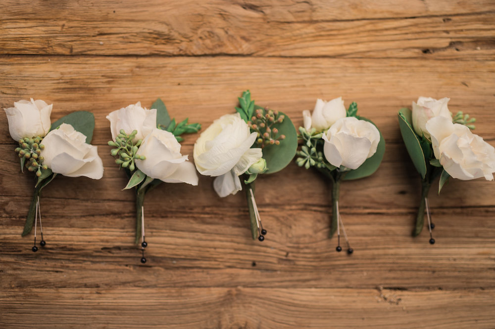 groomsmen flowers maxit flower design