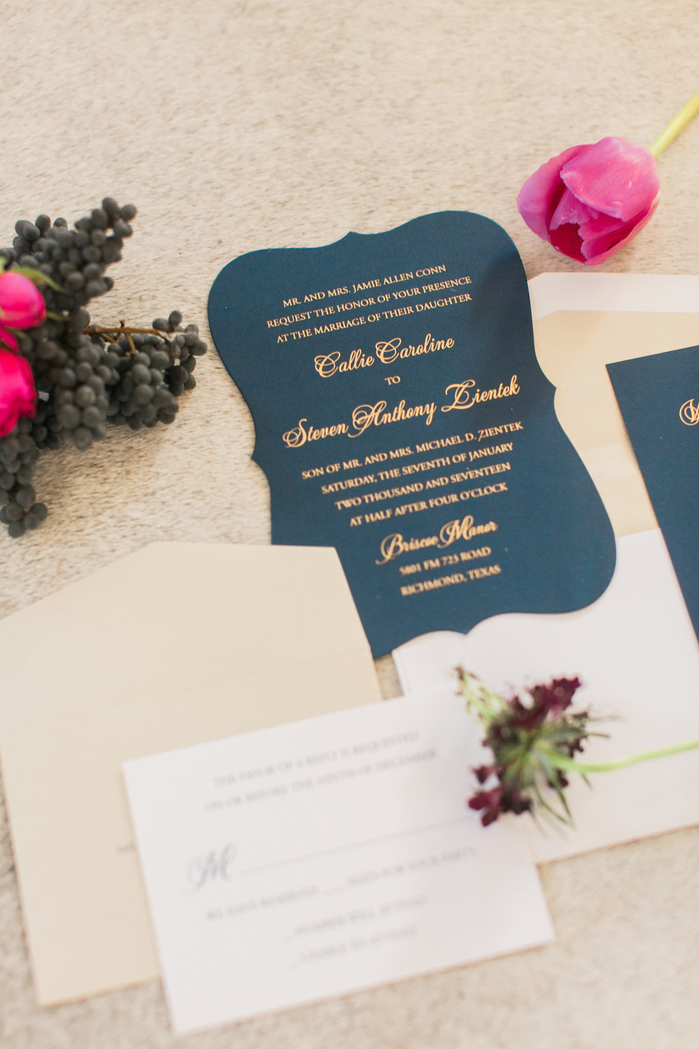 invitation suite with loose blooms by maxit flower design