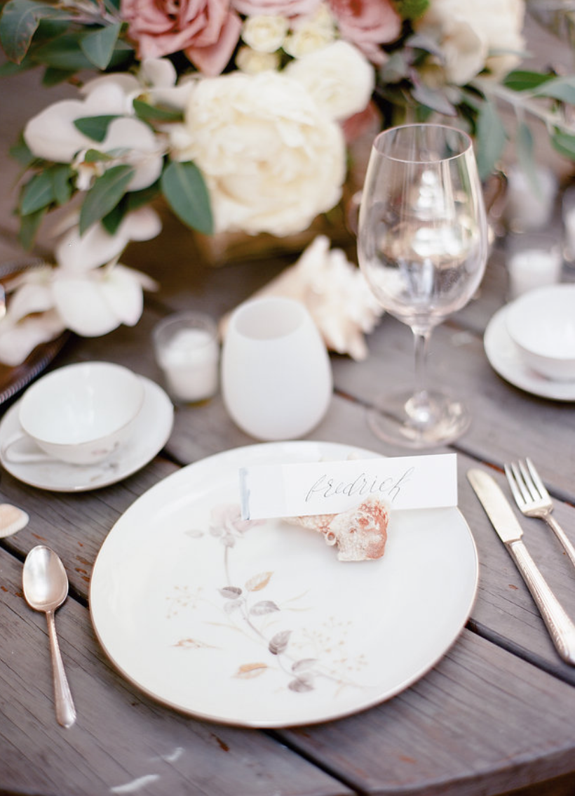 conch-seashell-beach-wedding-tablescape-flowers-by-maxit-flower-design