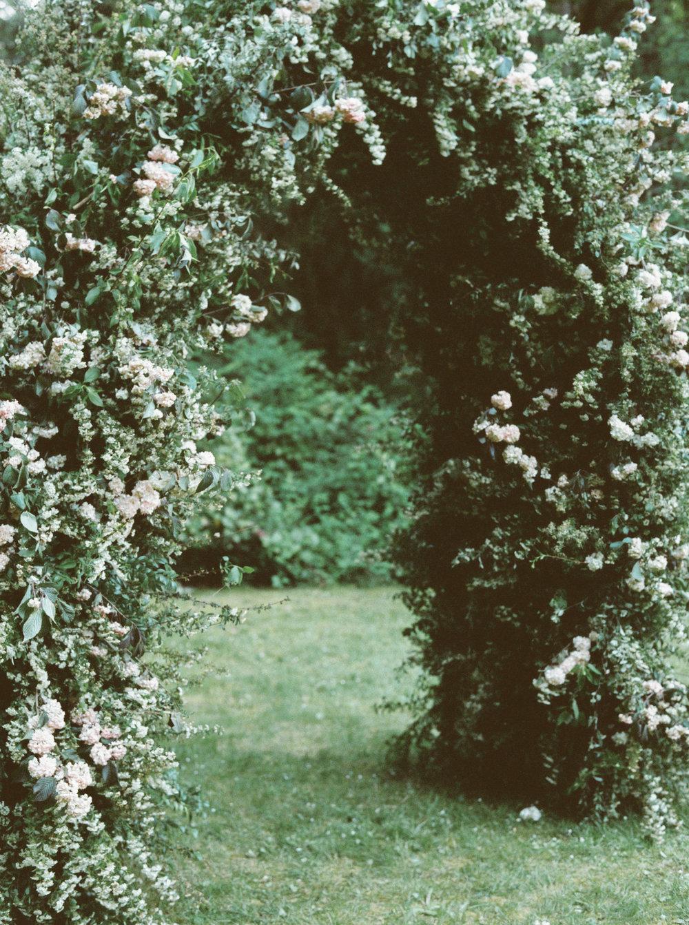 FloralArch.jpg