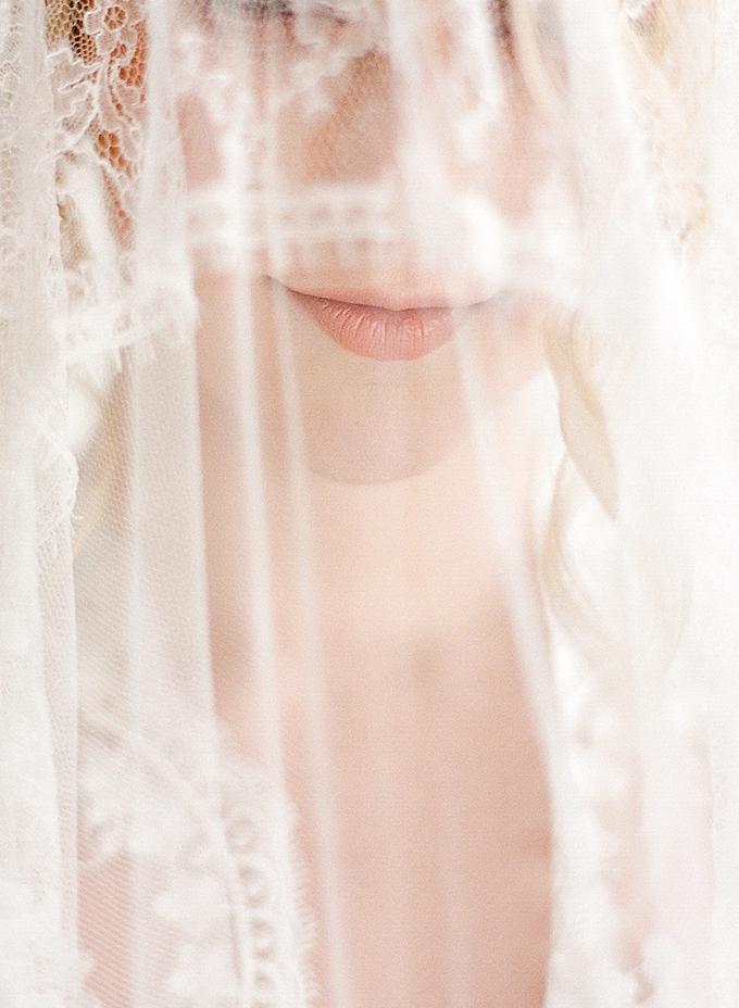 Fine_Art_Photography_Houston_Maxit_Wedding_Flowers.png