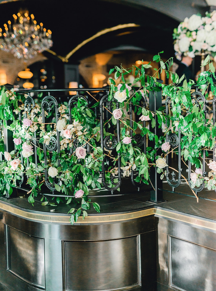 Greenery_Climbing_Rose_Bush_Wedding_Flowers.png