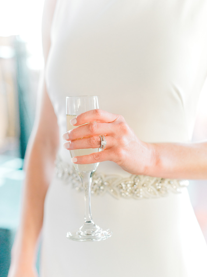Champagne_Wedding_Flowers_Houston_Wedding.png