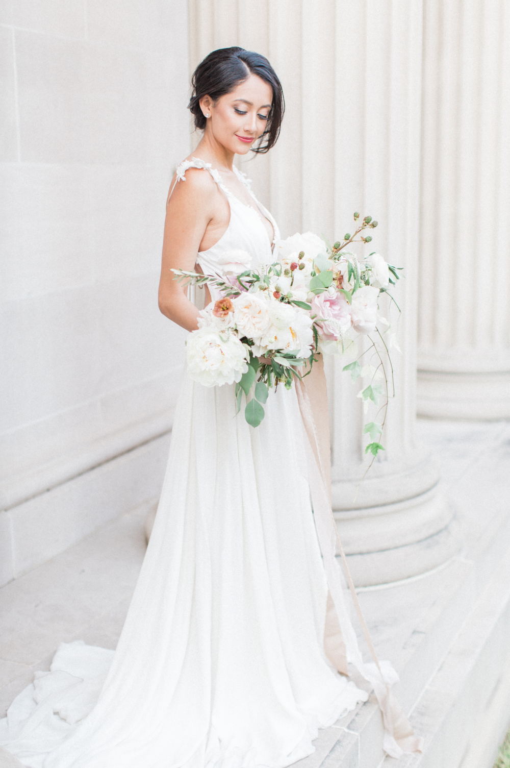 Fine_Art_Houston_wedding_Maxit_Bridal_Bouquet.png