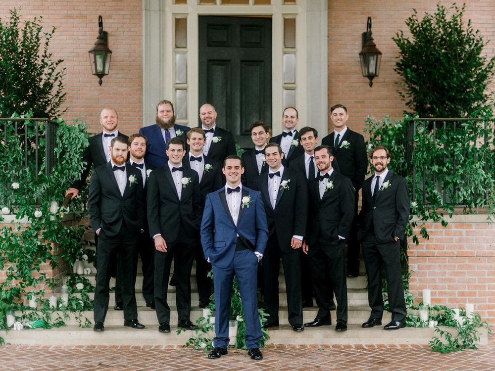 groomsmen-houston-wedding-flowers.jpg