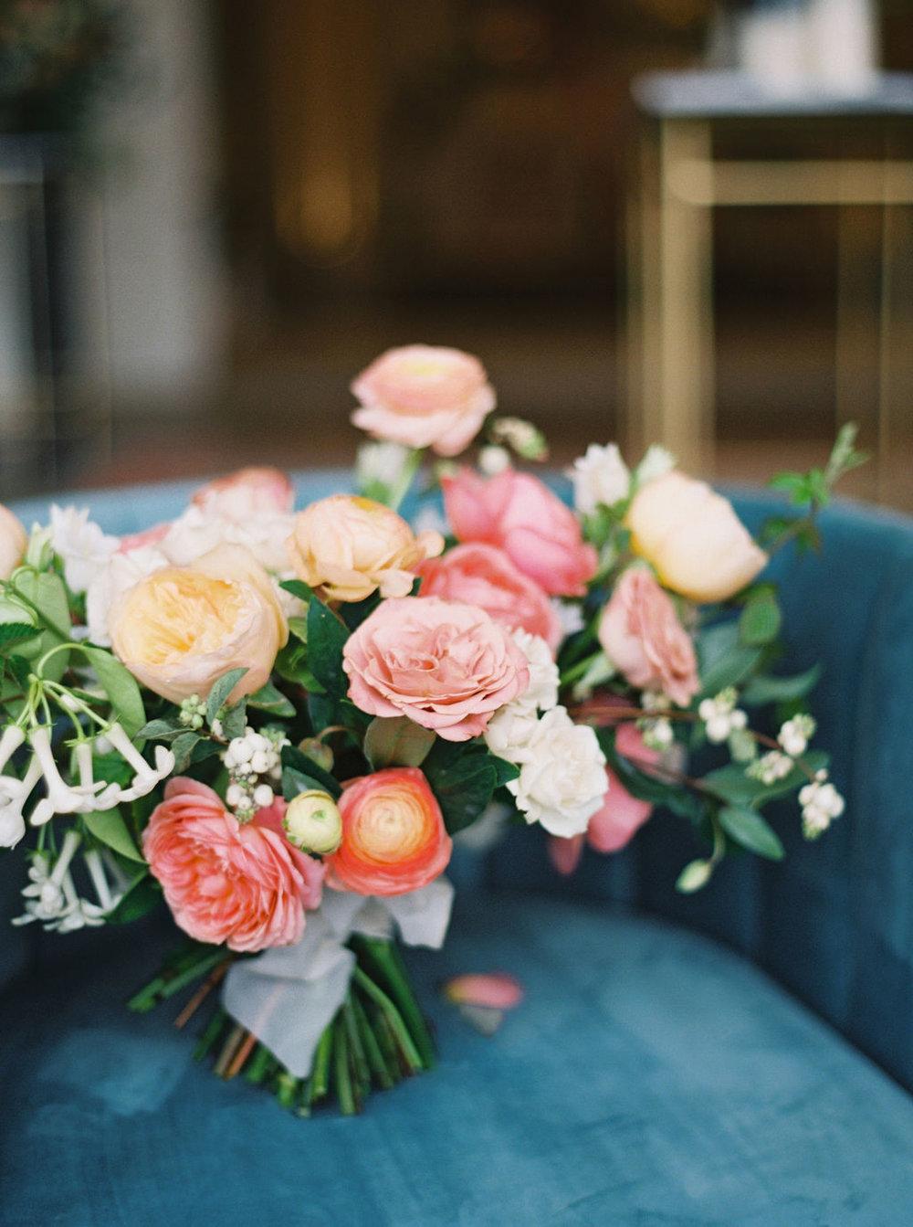 coral-wedding-flowers-houston.jpg