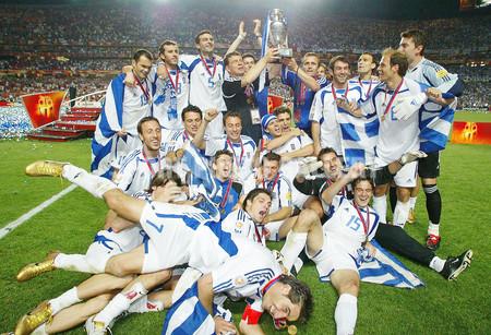 greeces-team-2004.jpg