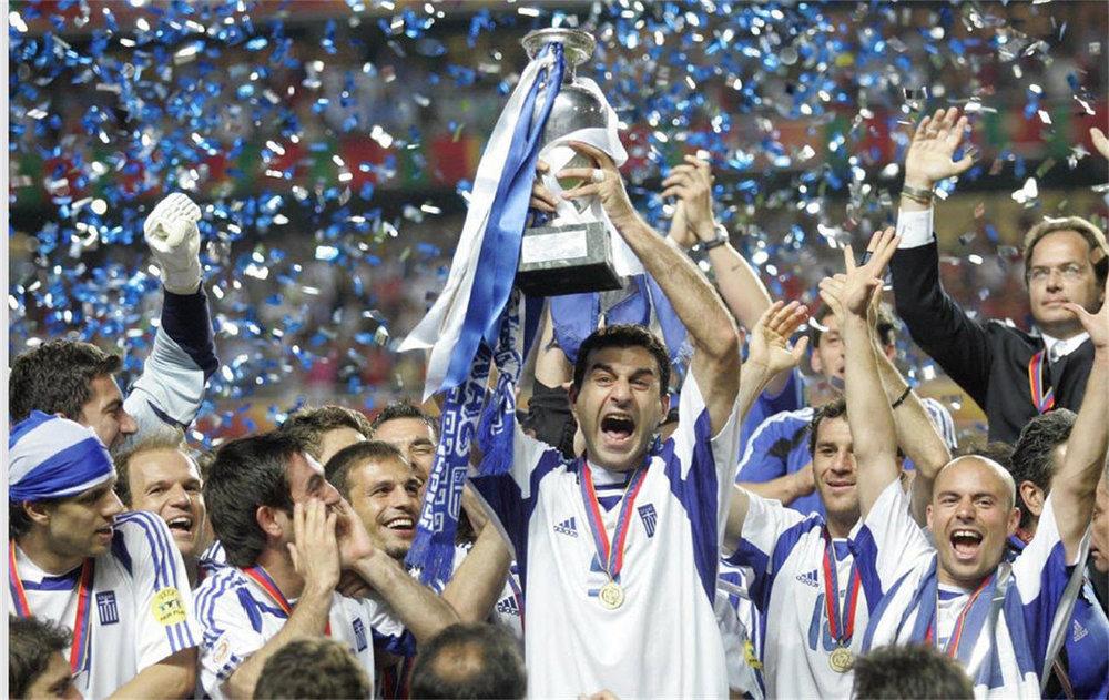 greece-football-euro.jpg