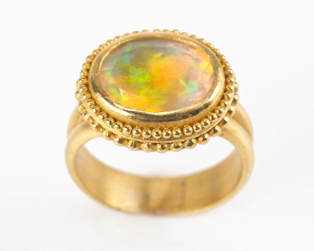 Opal_Granule018.jpg