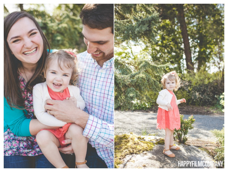 Happy Family Portraits at Bellevue Botanical Garden - the Happy Film Company