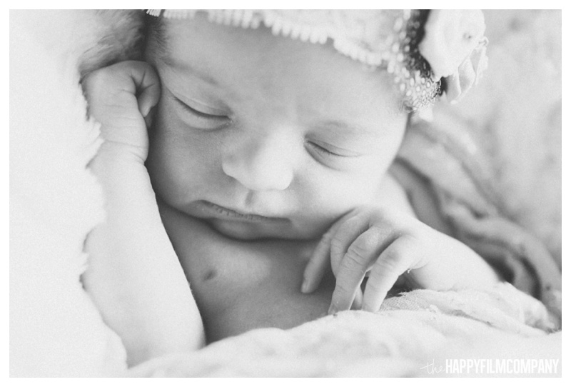 black and white newborn photo - the Happy Film Company