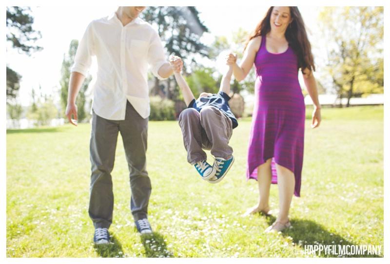 family swinging kids photo - the Happy Film Company - Mercer Island Family Photos