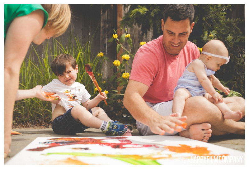 family finger painting photo shoot - the Happy Film Company - Seattle Family Photographer