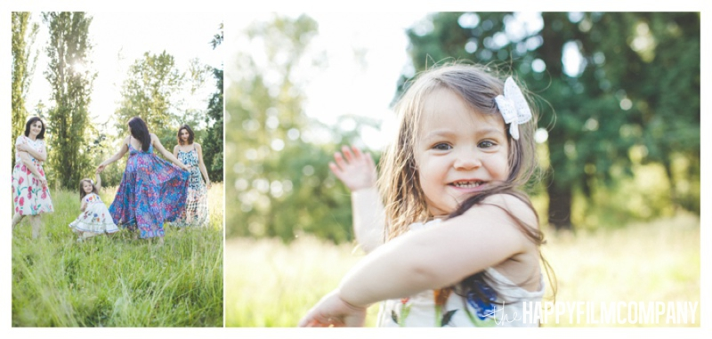 beautiful family photos  - the Happy Film Company - Seattle Family Photography